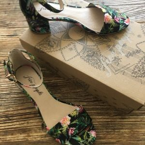 NWT Free People Heeled Sandals